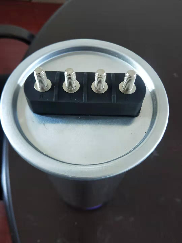低压电力电容器鼓包的原因
